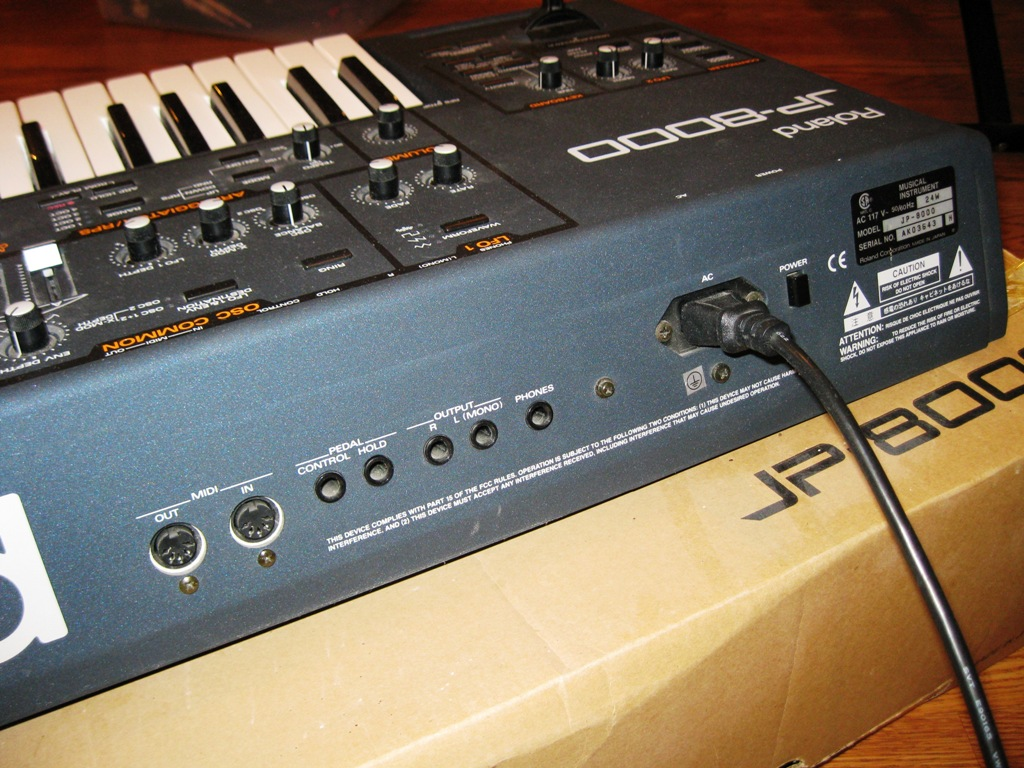 Roland jp8000 immaculate original box and manual | #425340347.